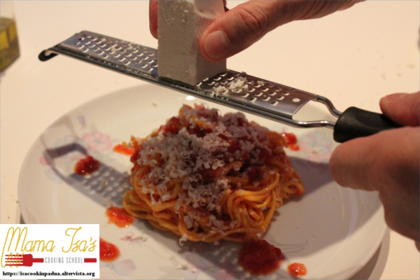 6 day cooking classes in italy with Mama Isa near Venice cooking vacation