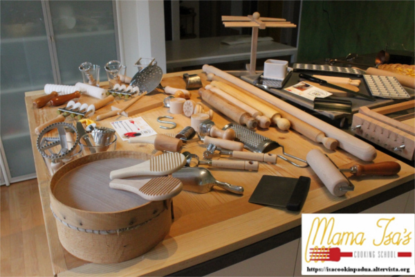 Mama Isa's Cooking Classes in Venice area Italy - Pasta Maker's Equipment - Pasta Tools