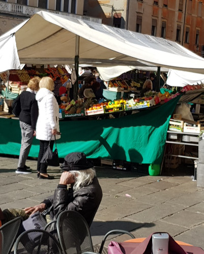 Padova Food Market Tour: book a food tour now