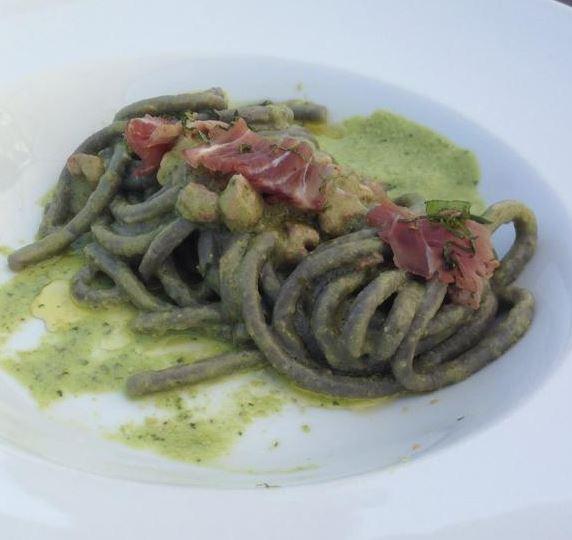 Fresh Spaghetti with Black Ink and Tuna Sauce