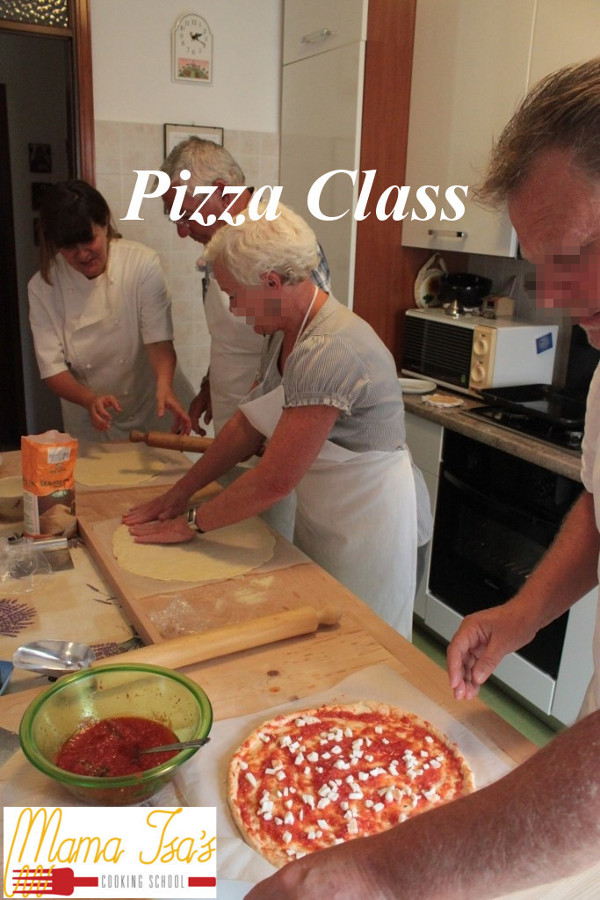 Pizza Class at Mama Isa's Cooking Classes in Italy near Venice in Padua