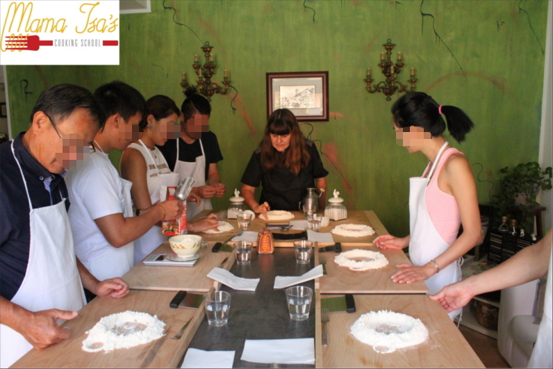 Pizza Workshop at Mama Isa's Cooking School in Italy near Venice