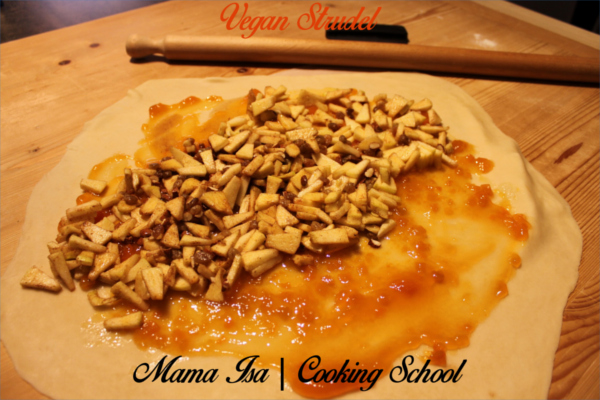 Vegan Cooking Classes in Italy near Venice with Mama Isa | Vegan Strudel
